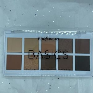 Basic shade eyeshadow palette